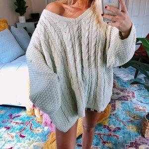 Sweaters - oatmeal woven gypsy knit